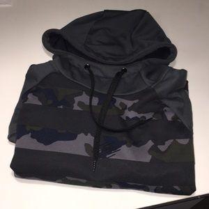 Camouflage Nike Hoodie (Size: Large)